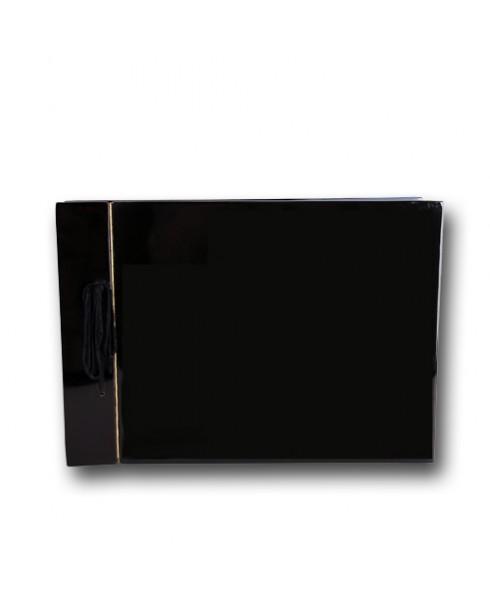 Egaal Zwart